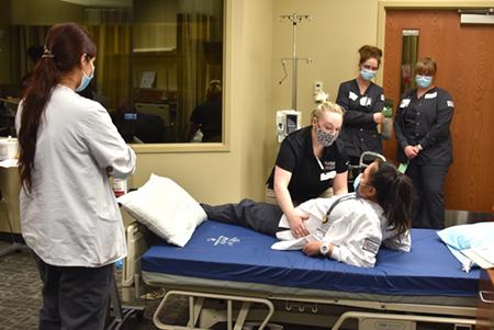 Health & Wellness students focus on effective communications strategies