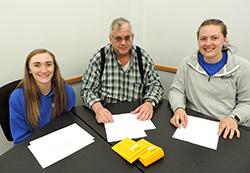 Students learn through Northeast's livestock judging team