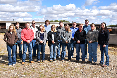 Livestock judging team competes in contests in Valentine and Kearney